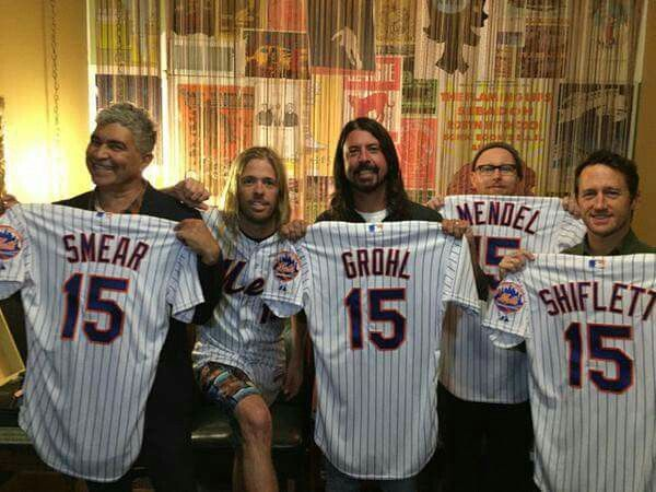 1000 Images About ★dave Grohl Amp Foo Fighters★ On Pinterest