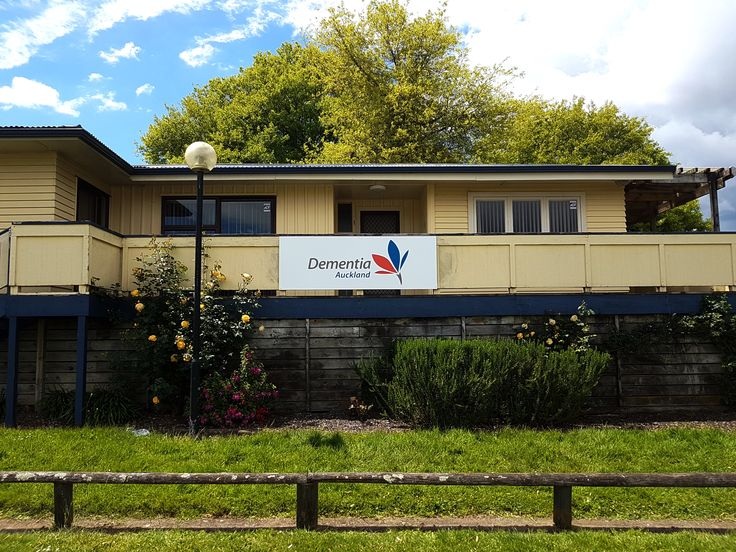 Fascia sign for Dementia Auckland by Speedy Signs Newton