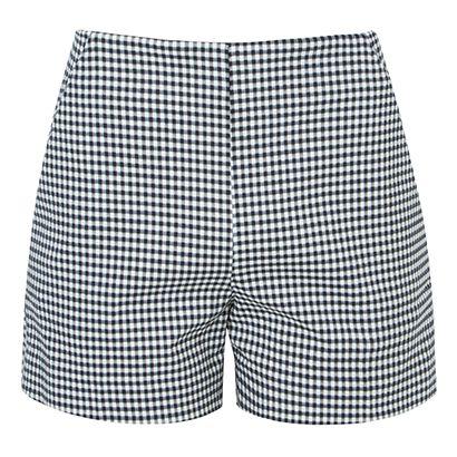 Short alfaiataria. Short preto e branco. Short cintura alta