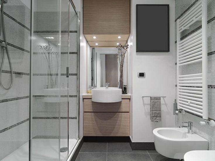 Nowoczesna łazienka z rewnem, szkłem, cermiką... Dla każdego coś dobrego :-) #design #urządzanie #urząrzaniewnętrz #urządzaniewnętrza #inspiracja #inspiracje #dekoracja #dekoracje #dom #mieszkanie #pokój #aranżacje #aranżacja #aranżacjewnętrz #aranżacjawnętrz #aranżowanie #aranżowaniewnętrz #ozdoby #łazienka #łazienki