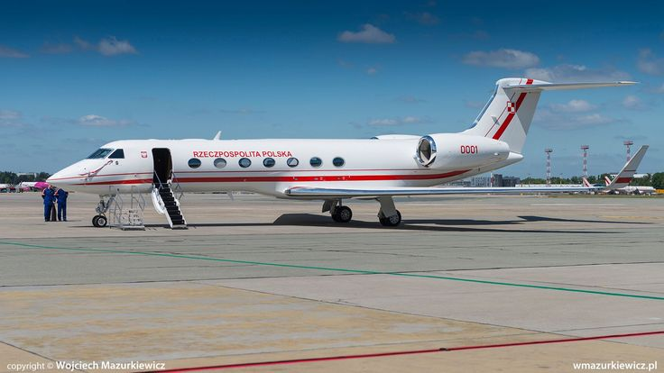 The first of the new Polish Air Force's G550 VIP jets (with the second one expected to be received in mid July, and with the first operational flights to take place in the autumn) has landed at the Warsaw Chopin International Airport on Jun. 21.    The delivery of the aircraft is a tangible effect of the effort made by the Polish government to replace the aging VIP transport fleet, until now consisting of Tu-154M and Yak-40 post-soviet jets.