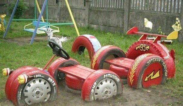 Машина из колес