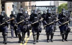 –Breitbart Texas has learned that federal agents plan to arrive in Murrieta on Monday with riot gear to ensure that anotherbusload makes it.to housing facility. Jeremy Oliver, resident of Temecula, CA told Bretibart TX local police warned protesters 'it's going to get ugly' 7-6-14