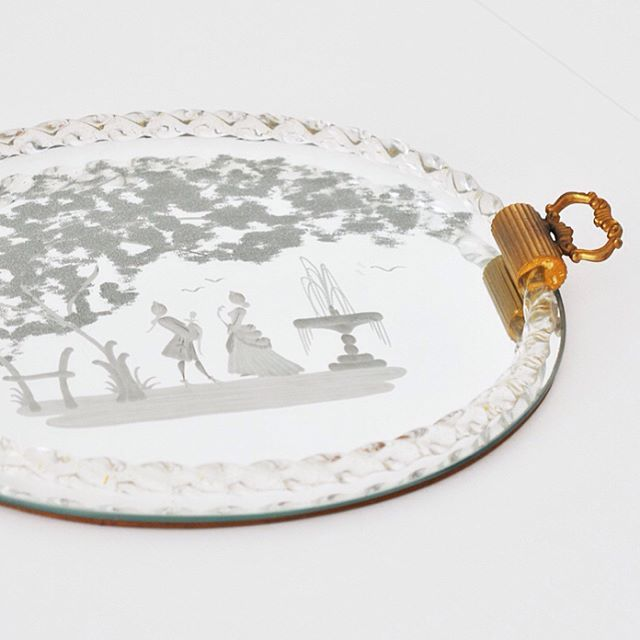 WEBSTA @ little__old - TRAY MURANO GLASS by ERCOLE BAROVIER #forsale #barovier #ercolebarovier #tray #vassoio #gioponti #madeinitaly #torchon #brass #murano #glass #venini #madeinitaly #brocante #midcenturydesign #midcenturymodern #modern #modernist #vintagefurniture #furnituredesign #interiordesign #vintageinterior #iconofdesign #designaddict #vintagefurniture #vintage #design