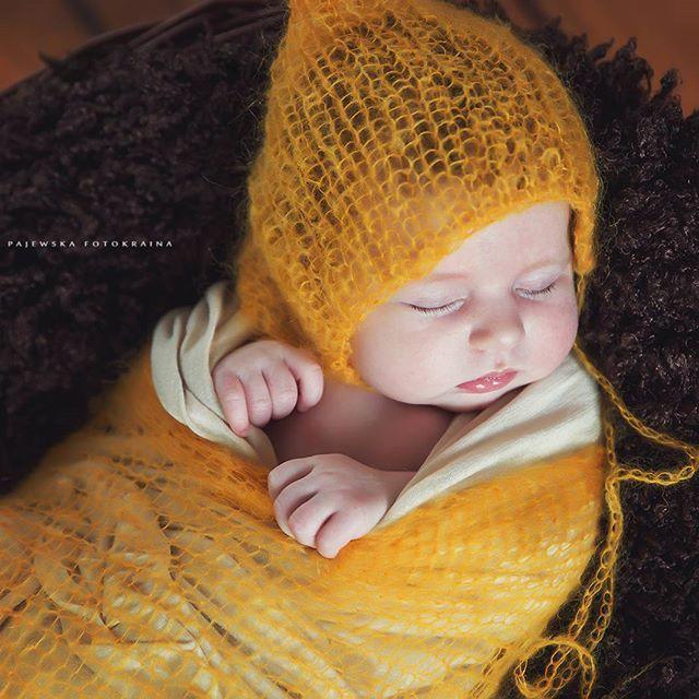 Przesłodka :) #fotografiabialystok #sesjanoworodkowabialystok #newborn #fotokraina #iwonapajewska