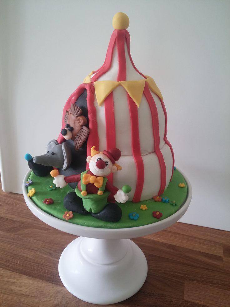 Cirkus theme cake