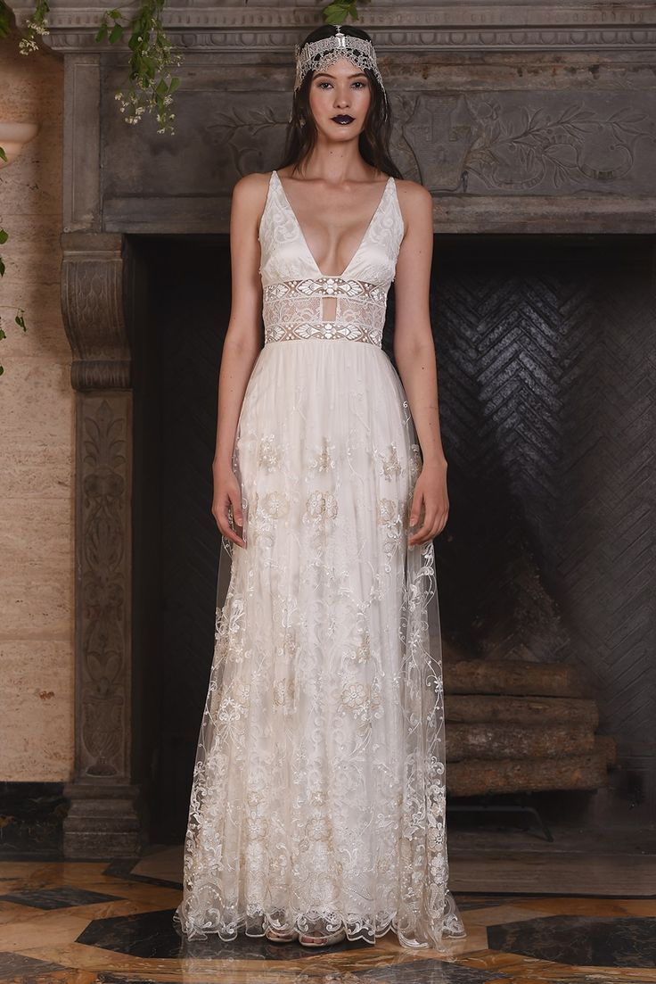 Nightingale - Claire Pettibone 2017 Collection. www.theweddingnotebook.com