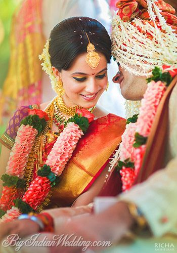 Wedding photos of a destination wedding in Goa by Richa Kashelkar, exclusive photo album only on Bigindianwedding.com