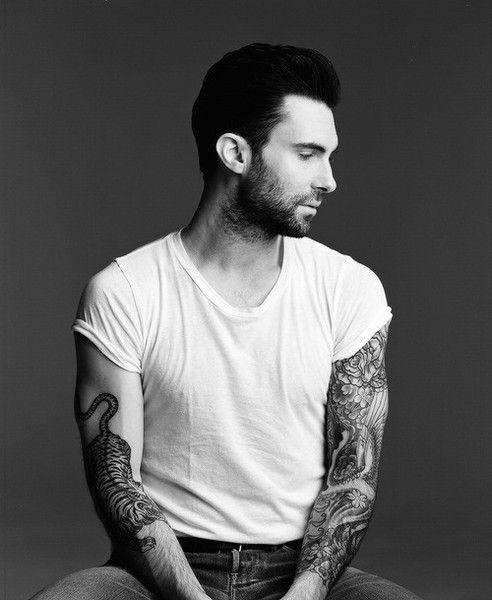 Adam Levine marcochica