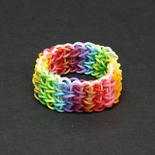 how to use connectors for making loom bands