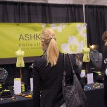 Vendor tips: read these 5 tips and get more traffic at your booth.  #madebyhandshow