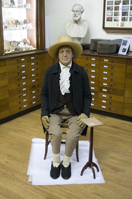 Jeremy Bentham Outside His Box