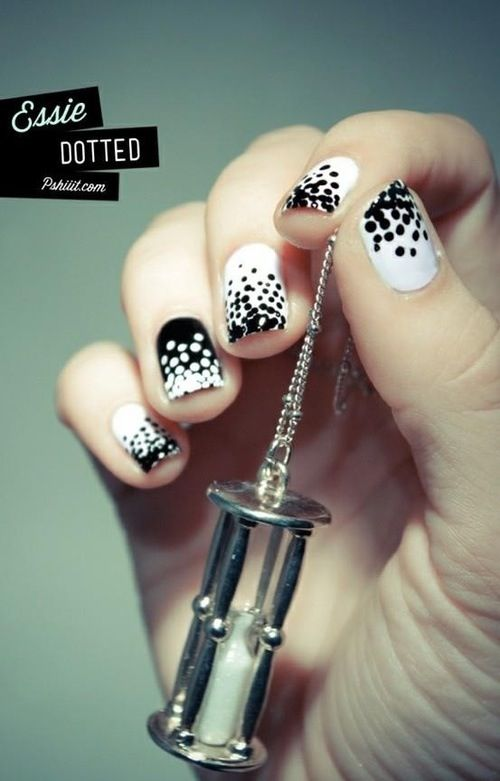 I want to do this with light and dark color instead of just black and white, but still very very cool : ) Beautiful nail art #design #polish #nail #nailart #art #polish #nailpolish #nails #women #girl #shine #style #trend #fashion  #pastel #color #colorful #colors #dot #dotted