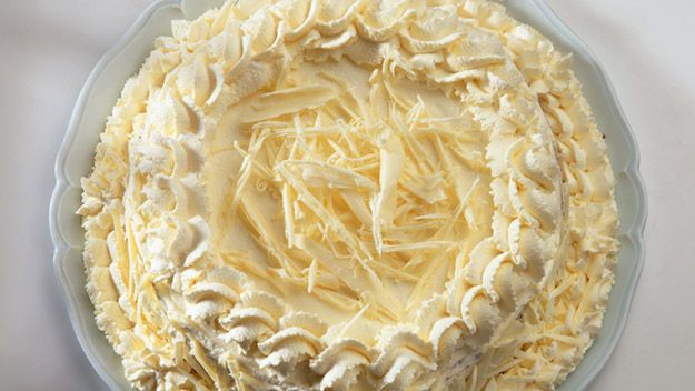 Mary Berry: White chocolate gateau This rich white chocolate pud from Mary Berry is the ideal dinner party dessert Cuts into 14 slices