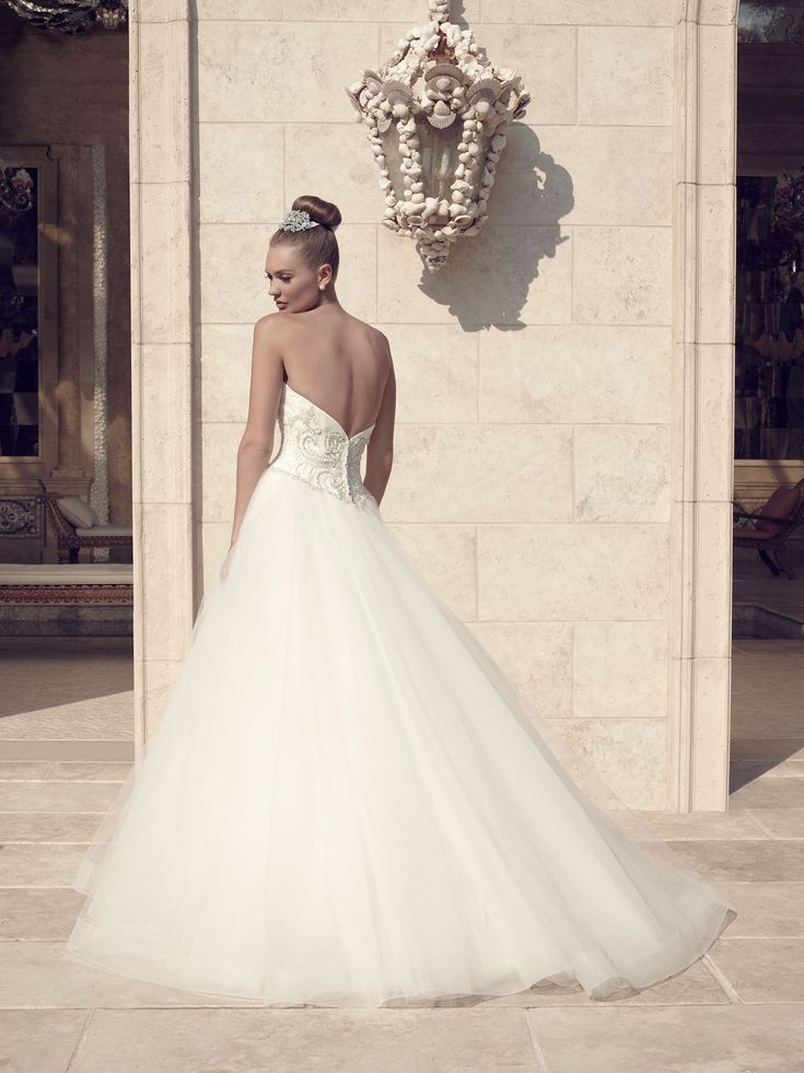 1000 images about casablanca bridal on pinterest spring for Wedding dress boutiques dallas