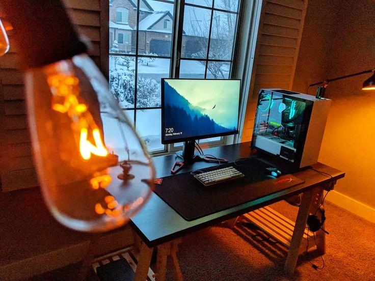 Vista  para um dia de neve neste neste espetacular setup . . .  Owner:Skybox-O (reddit) . .  #game #gaming #playstation  #pc #gta