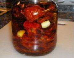 Gedroogde tomaten in olie bewaren
