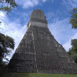 Parque Nacional de Tikal. Civilização Maia. Departamento de El Petén, Guatemala. Patrimônio Mundial da Humanidade/UNESCO.  Fotografia: ©B. Doucin/L.Lalait.