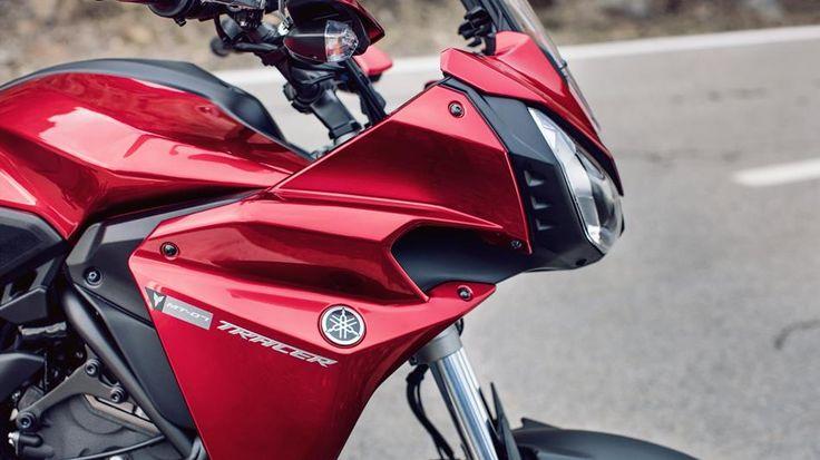 Tracer 700, sportifliğe odaklanan yepyeni, kompakt ve çevik bir modeldir. Hem sizi, hem yolcunuzu konforlu bir şekilde gezdirecek bu motosikletle heyecan verici viraj deneyiminin ve nefes kesici performansın keyfini çıkarabilirsiniz. #sporttourer #tracer700 #yamaha #yamahatürkiye