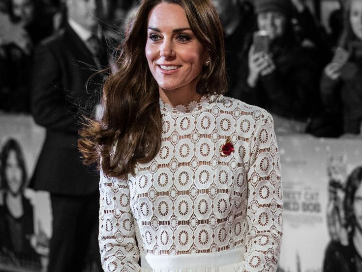 Kate Middleton Takes A Cue From Paris Hilton's Style Playbook