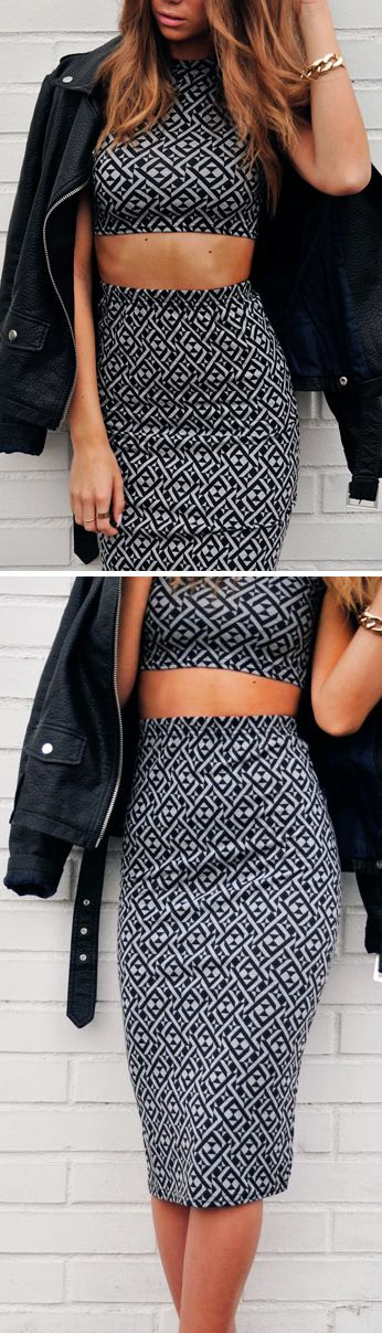 Crop top and skirt in black white pattern £29