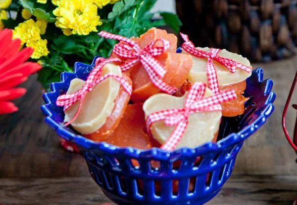 Fita para enfeitar doce de abóbora e cocada