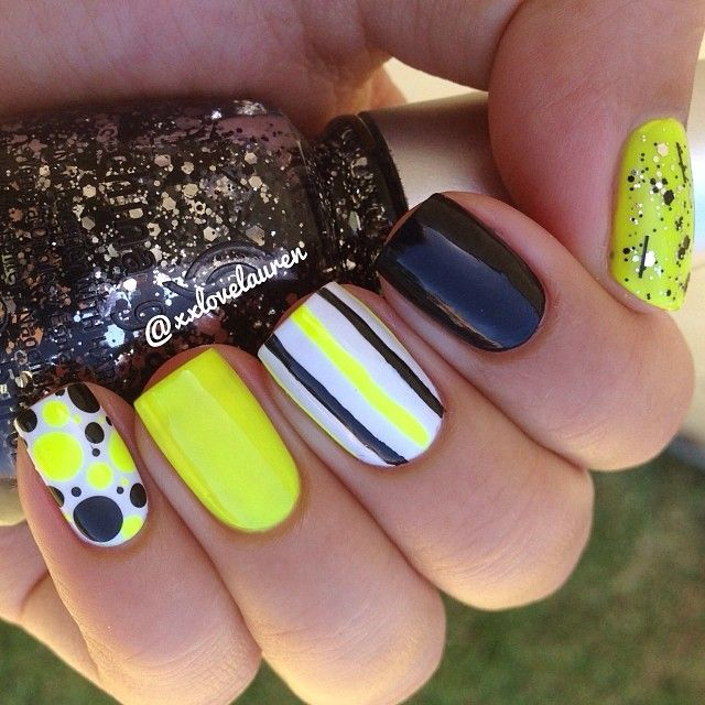 Stripes, polka dots, blue, yellow, gitter nails. Nail Art. Nail Design. Polishes. Instagram by xxlovelauren
