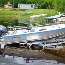 We lease new Buster aluminum boats that are intended for use on lakes. We deliver our boats to the address indicated by the customer, for example, to a rented cottage. De