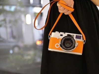 orange camera. a must have accessory.Orange Crushes, Hermes Leica, Limited Editing, Leica Cameras, Leica M7, Vintage Cameras, Hermes Editing, Photography, Orange Cameras