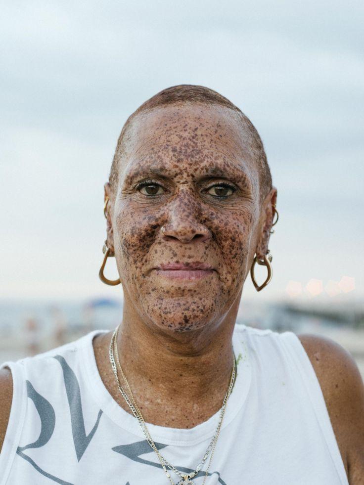 zonovergoten foto's van het leven op coney island - i-D