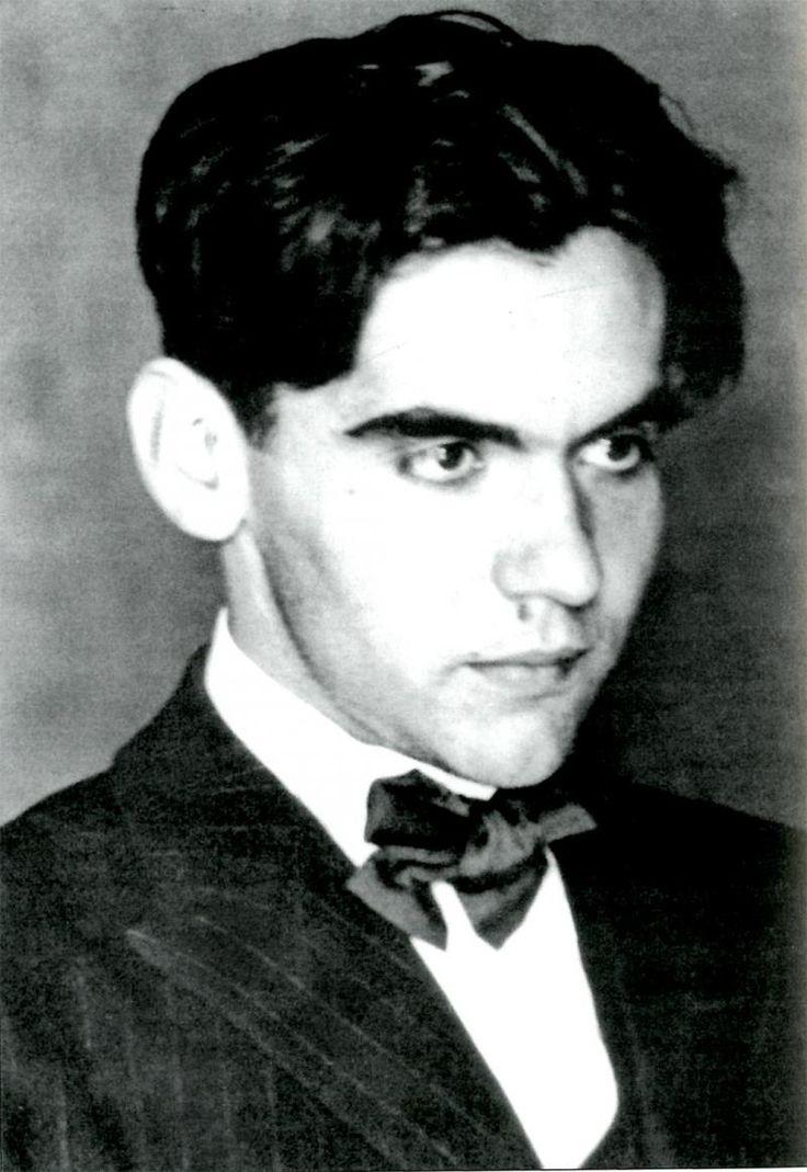 Federico García Lorca, dramaturgo, poeta, músico, escenógrafo y dibujante español