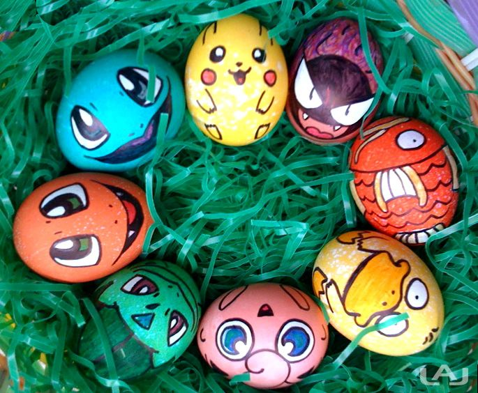 Draw your favorite characters on Easter eggs!  Click for more ideas and inspirational pictures :)