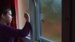 Wie sinnvoll ist der Einsatz eines Luftbefeuchters im Schlafzimmer?