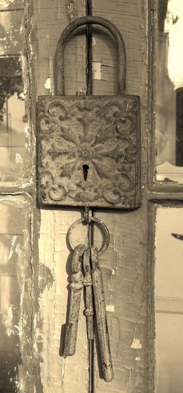 Vintage Lock and Key vignettes | Vintage Lock and Keys