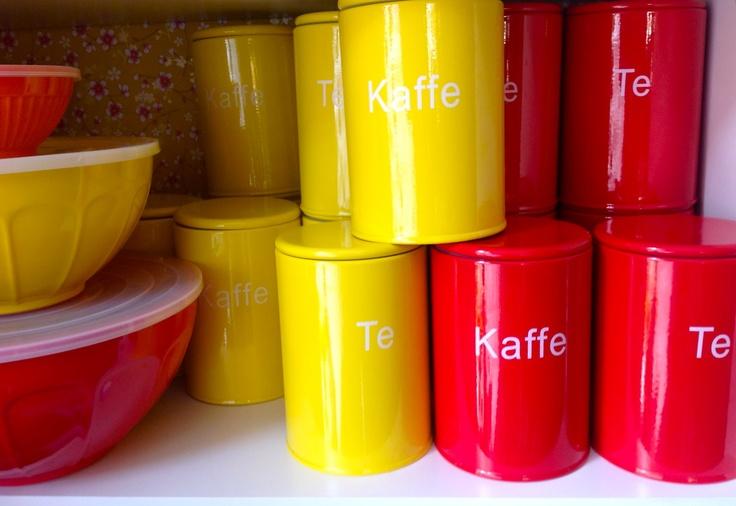 Butik Chador: Fine dåser i skønne farver til kaffe & te fra Speedtsberg