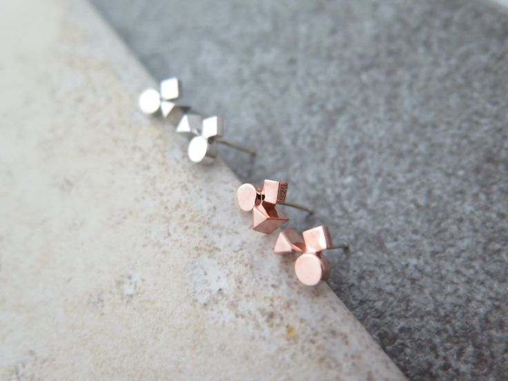 925 Sterling Silver Earrings/Tiny peace symbol  Earrings with Gift box /simple post earring with giftbox by MinimalBijoux on Etsy
