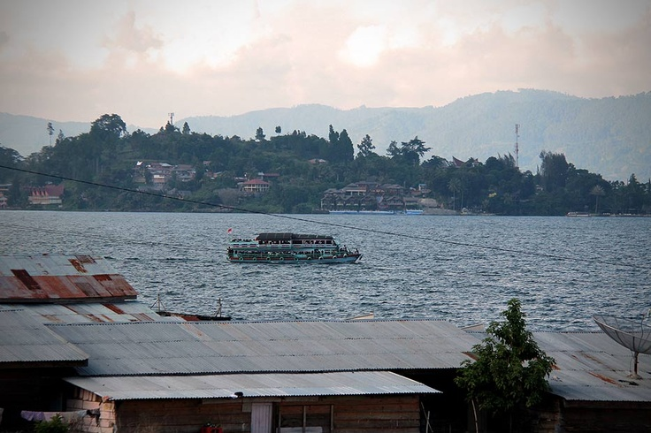 Wrapped in the splendors of Lake Toba, the mystifying beauty of Samosir Island lies just a boat ride away.