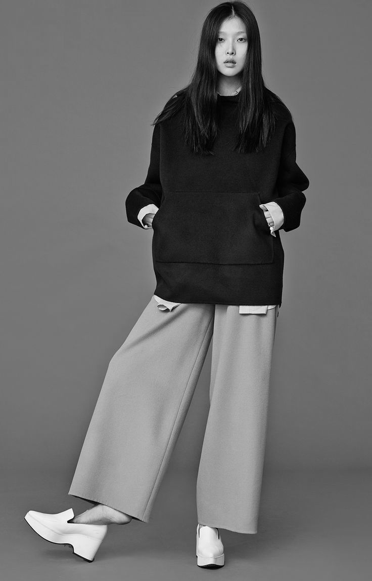 Chic Minimalist Style - wide leg trousers & pocket-front top // Low Classic Fall 2014