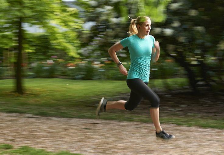 Intervalltrening som dette er særlig velegnet som bakkeløping, der du spurter opp en bakke, men kan også gjøres på vanlige løpestier.
