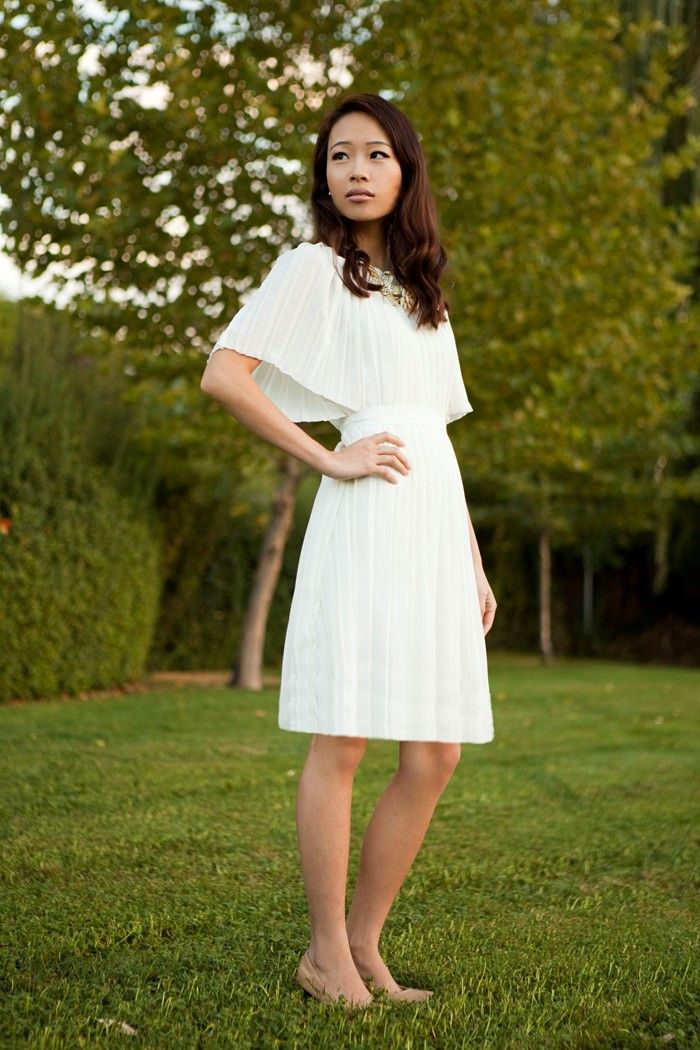Life is Beautiful: DIY-pleated dress - easy Upcycle from a pleated skirt