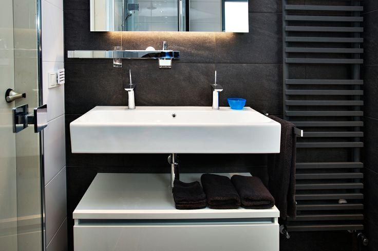Modern, compact en van alle gemakken voorzien. Een plek om de dag ontspannen te beginnen en ontspannen te beëindigen.