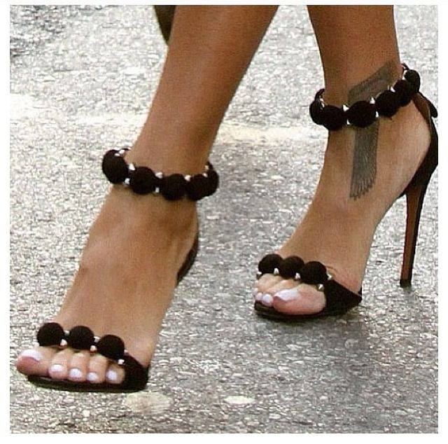 Chanel - sandals - black - heels - fashion - summer/spring Rihanna wearing them…