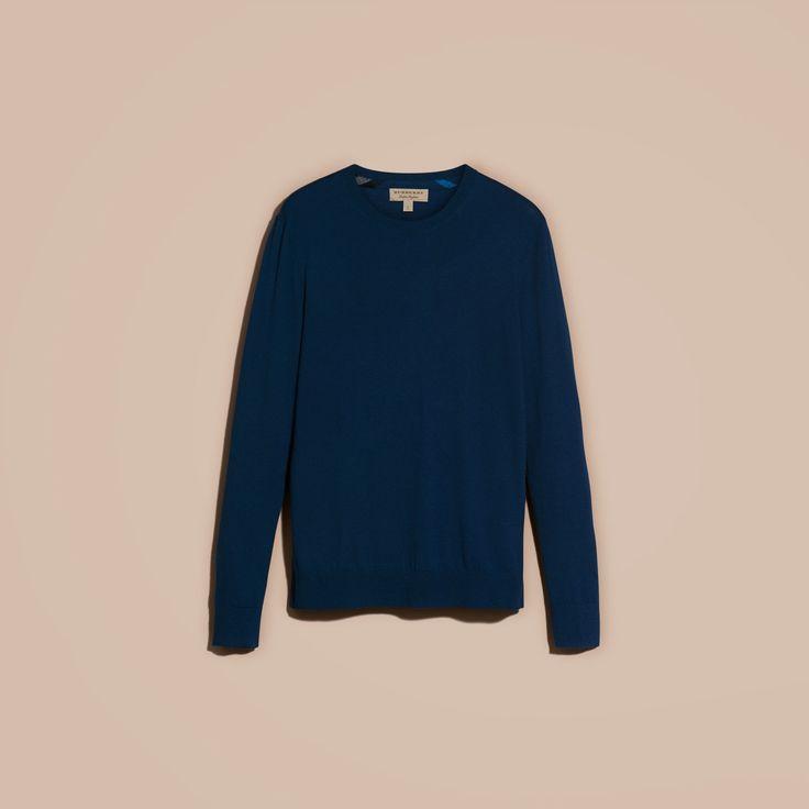 Pull léger à col ras du cou en cachemire avec éléments à motif check Canard Sombre | Burberry