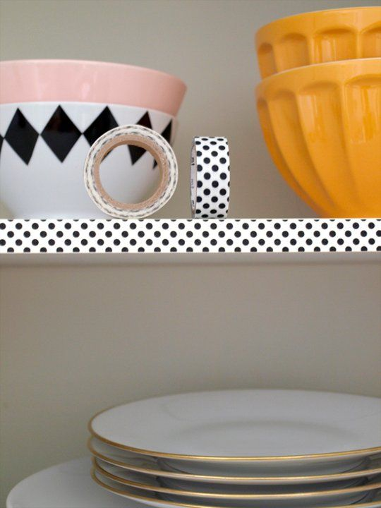 Taped Edges: For a little less commitment, tape the edges of shelves with colorful masking tape or patterned washi tape, like Lela did in her kitchen on Vorstellung von Schön.