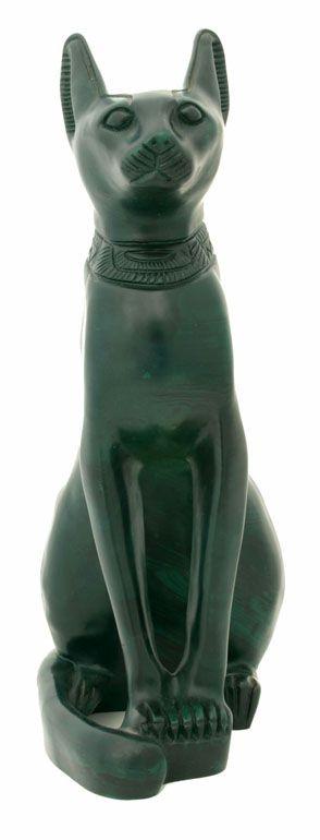 Chat Égyptien : Bastet En Vert - 3.6Ko. * Chat égyptien : Statue de Bastet en résine verte.  * Taille : longueur =18 cm, largeur =30 cm, hauteur =41 cm