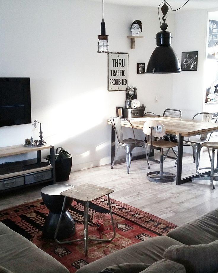 Een portie vintage een flinke dot industrieel en een for Hedendaags interieur