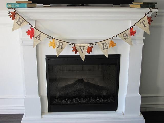 A DIY Fall burlap banner