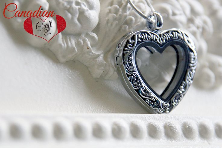SPRING SALE *** SILVER Heart - 27mm Magnetic Memory Locket Floating Locket Heart Shaped Pendant Necklace by CanadianCraftCo on Etsy
