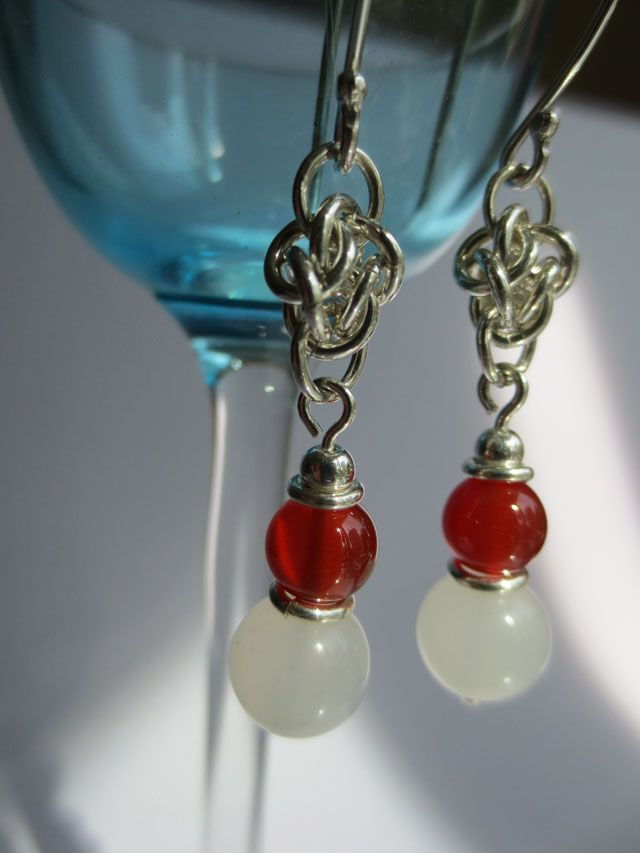 Waiting for something sweet. Earrings with carneols and white jade.