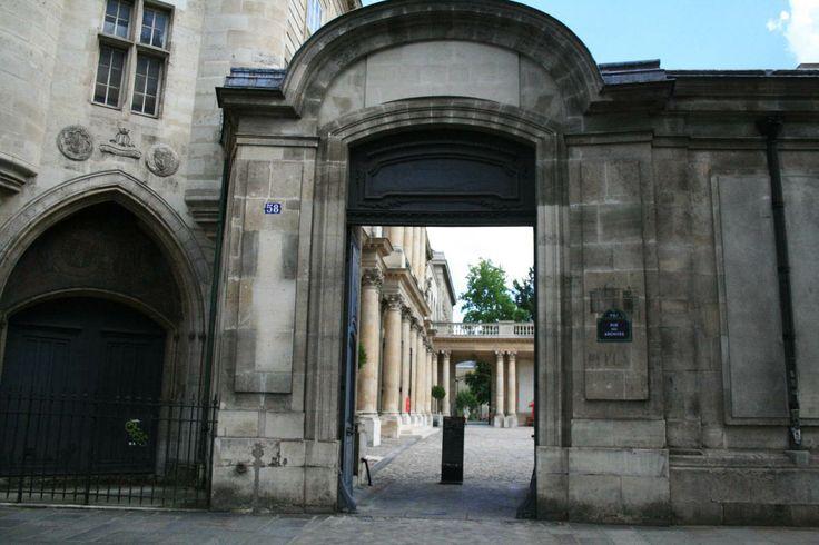 Hôtel de Clisson. To archives nationales